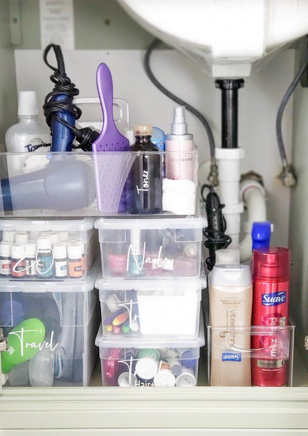How To Minimize & Organize: Bathrooms