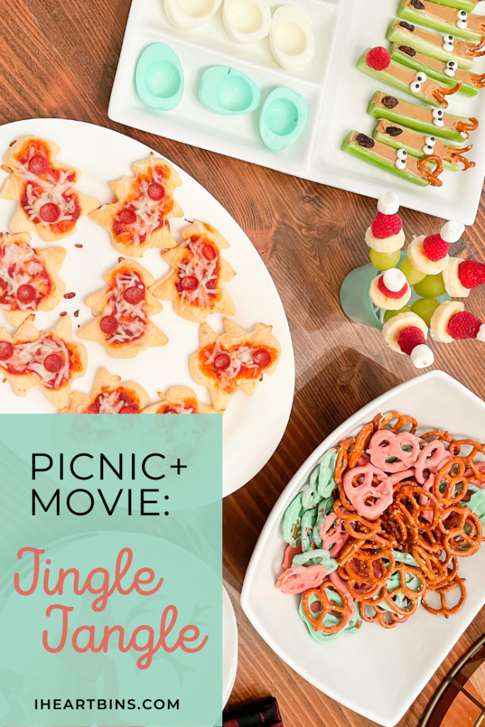 Family-Fun-Picnic-Movie-Themed-Night-Jingle-Jangle-Holiday-Christmas-I-Heart-Bins
